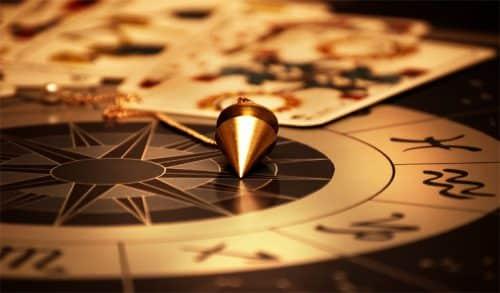 Divination pendule et tarot